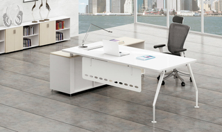 Office L-Shape Wood Executive Desk with Aluminium Legs (HC-81)